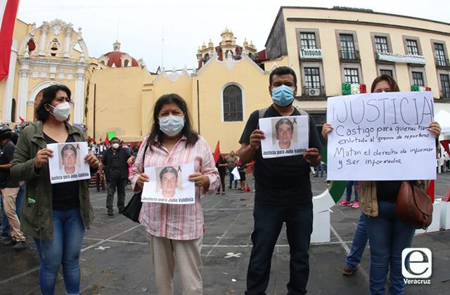 FGE debe esclarecer asesinato de Julio Valdivia, exigen reporteros