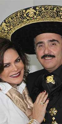 Se divorcian Vicente Fernández Jr. y Mara Patricia Castañeda