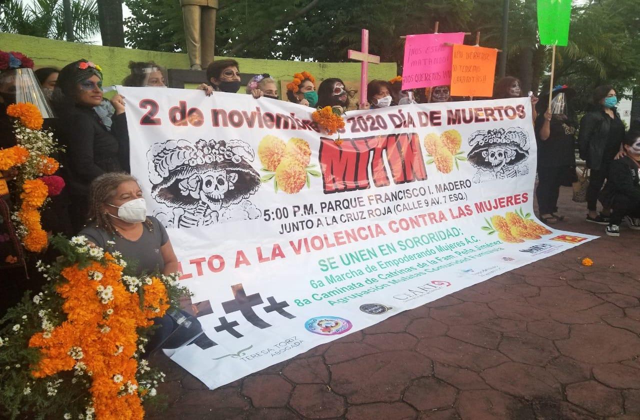 Marchan en Córdoba para exigir justicia por feminicidios