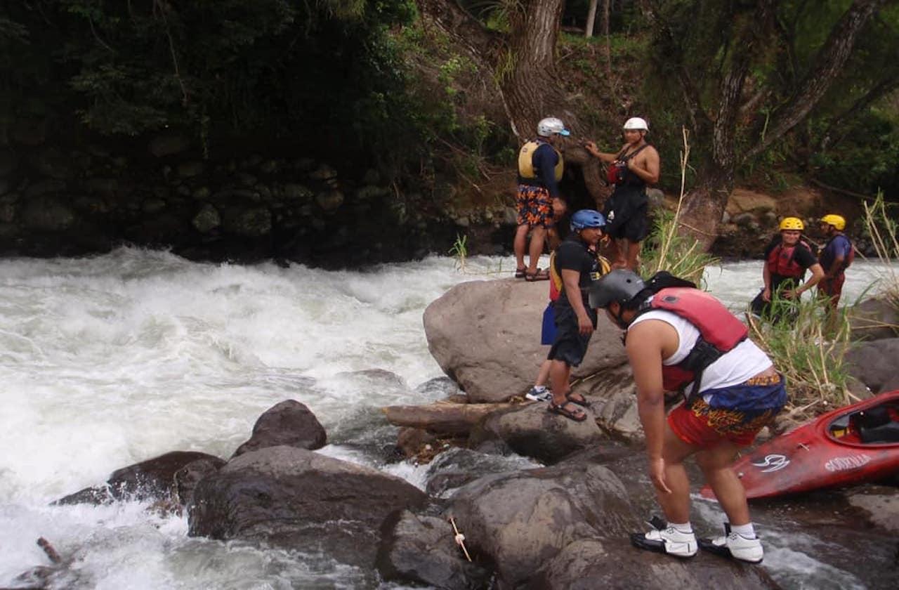Marco, desaparecido tras caer a río de Jalcomulco