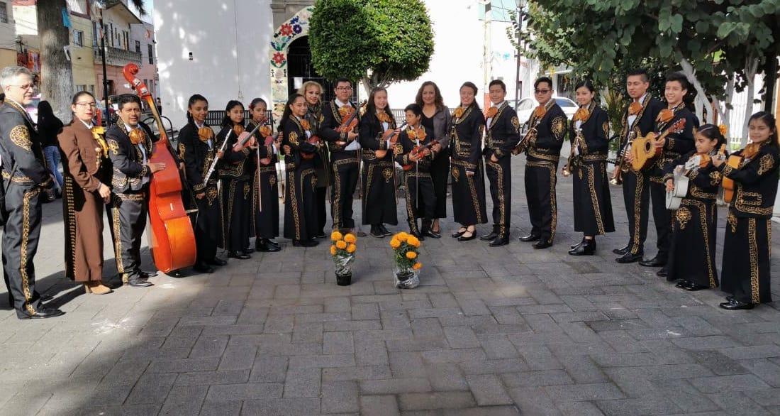 Mariachi de Banderilla representó a Veracruz en homenaje a Ferrusquilla