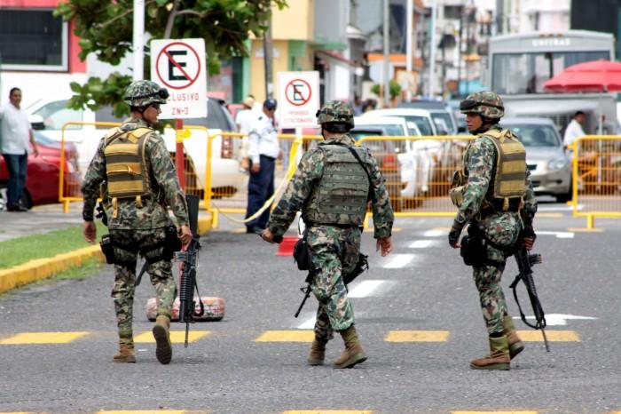 Mercantes contra la militarización