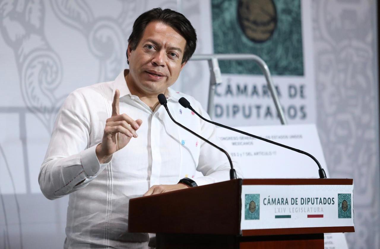 Tras asistir al Congreso, Mario Delgado confirmó que tiene covid