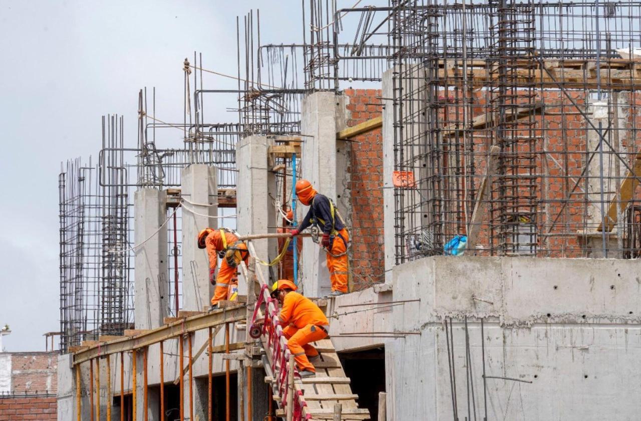 Más de 200 constructoras cerraron en Veracruz ante covid