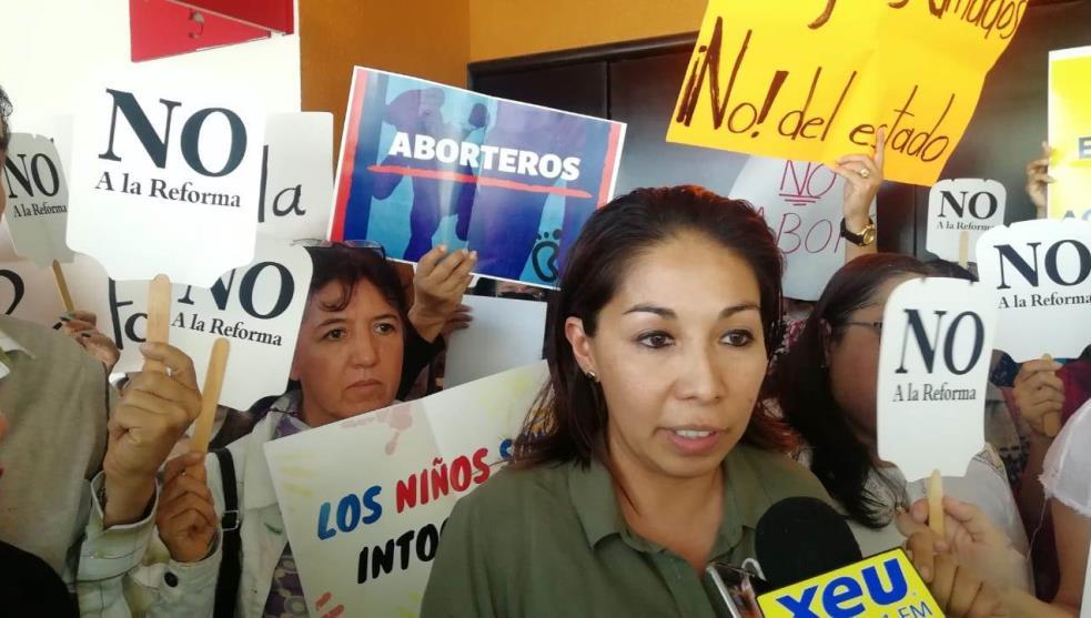 Frente por la Familia protesta contra matrimonios igualitarios en Veracruz