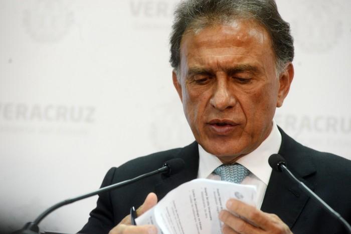 Yunes Linares endeudó a Veracruz con 4 mil 400 millones de pesos