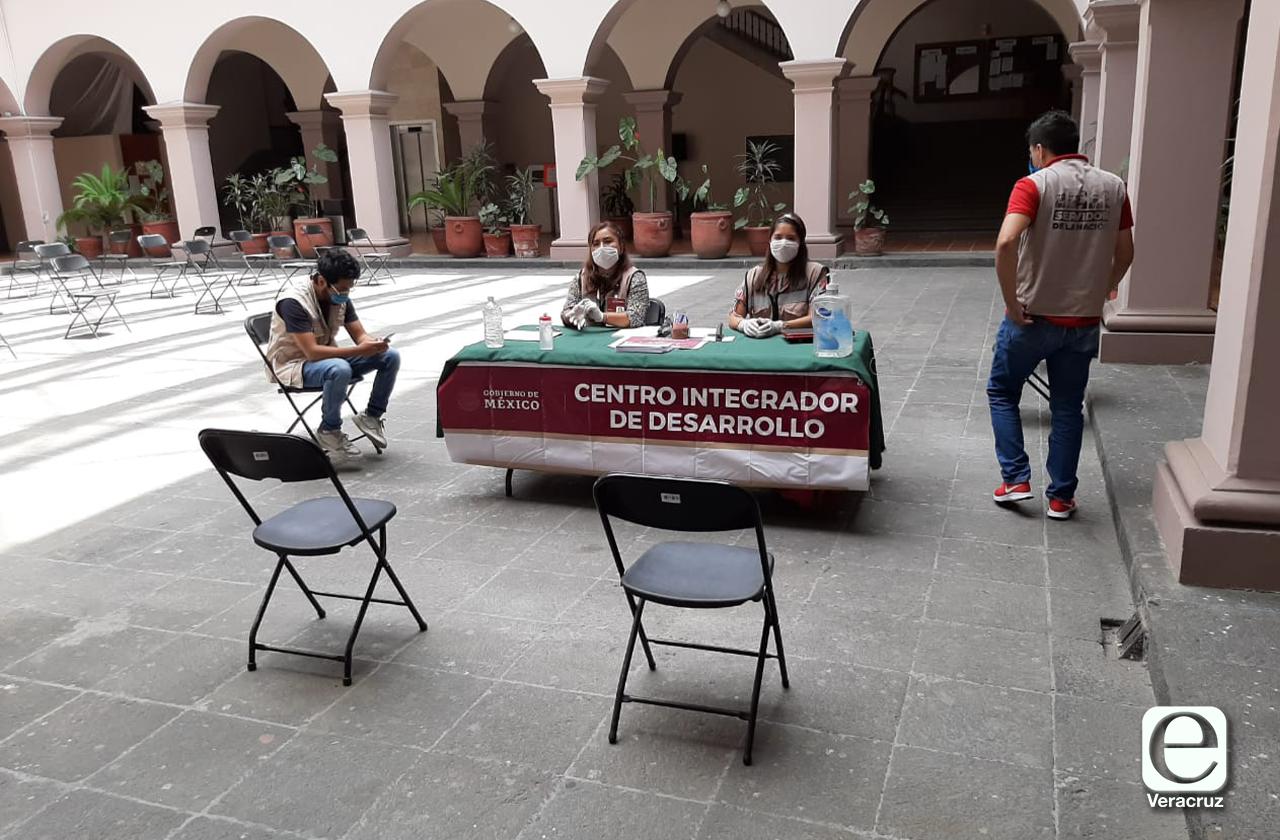 Para evitar protestas en gira de AMLO, instalan mesa de quejas
