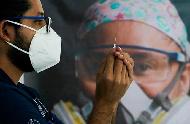 México recibiría vacuna de Pfizer en 5 días: SRE