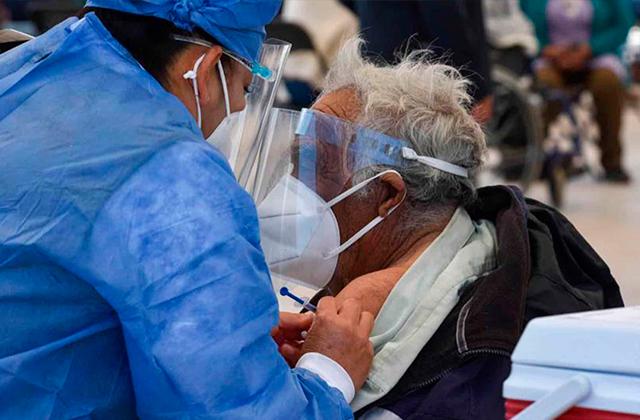México llega a los 2 millones de contagios, a casi un año de pandemia