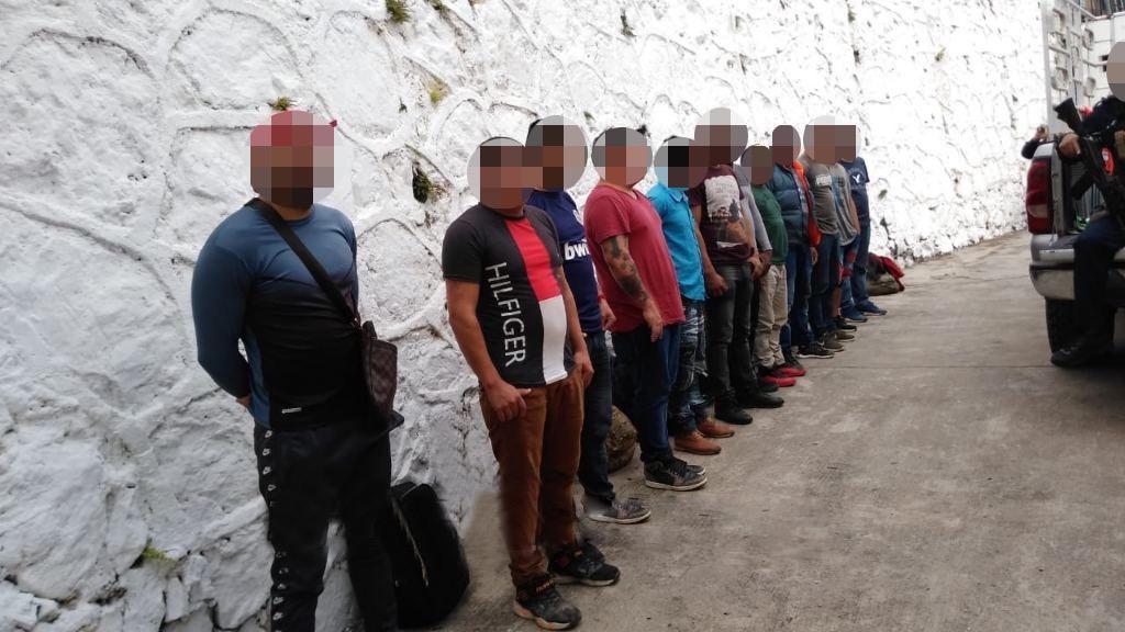 Rescatan a 12 migrantes centroamericanos; hay dos detenidos