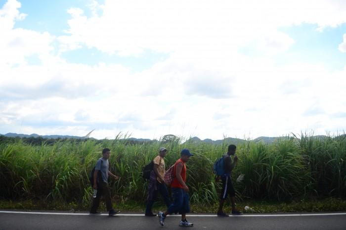 Flujo de migrantes no disminuyó, han cambiado rutas: Figueroa