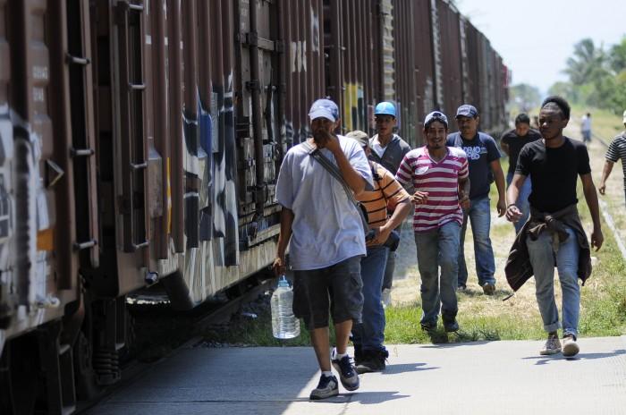 Migrantes pagan 'seguros' de 5 mil dólares para que no los secuestren en México: CIDH