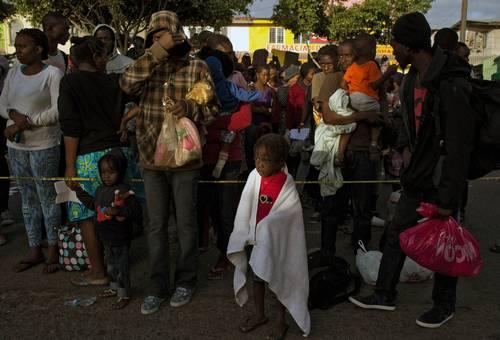 Apremian a declarar crisis humana por la creciente presencia de haitianos en Tijuana