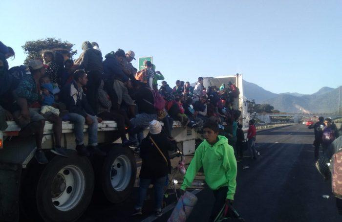 Quinta caravana del éxodo migrante centroamericano transita por Veracruz