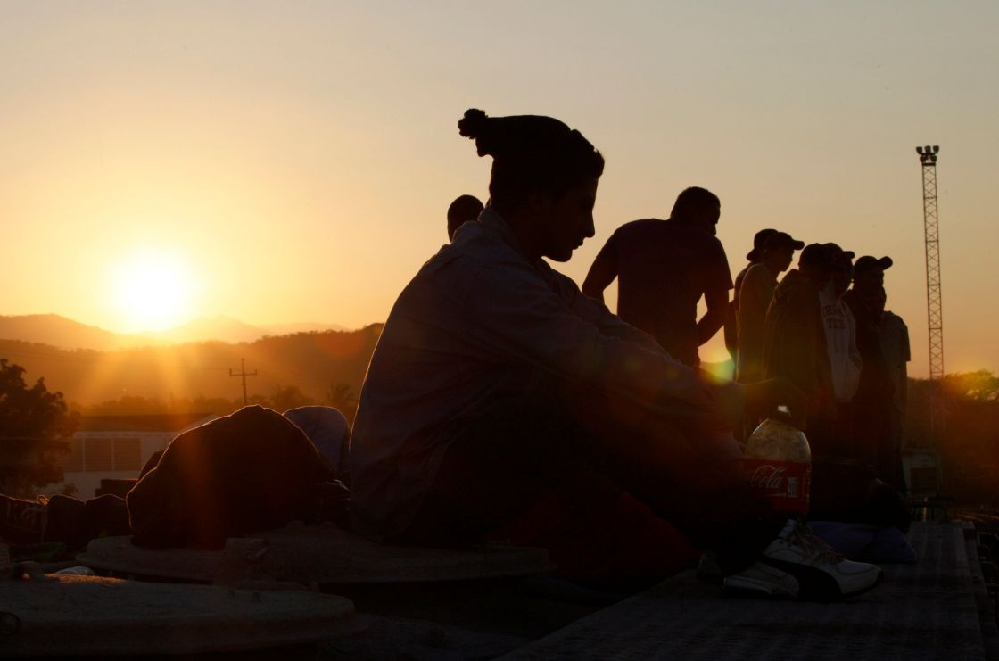 Detienen a 26 migrantes en un hotel de la ciudad de Veracruz