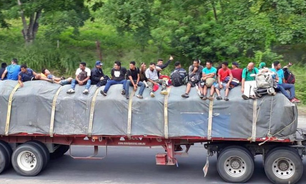 Llegan a Veracruz primeras personas del éxodo migrante centroamericano