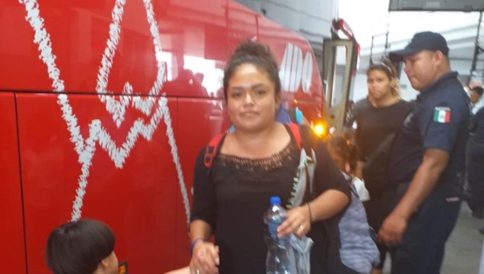 Aseguran a migrantes antes de subir al autobús