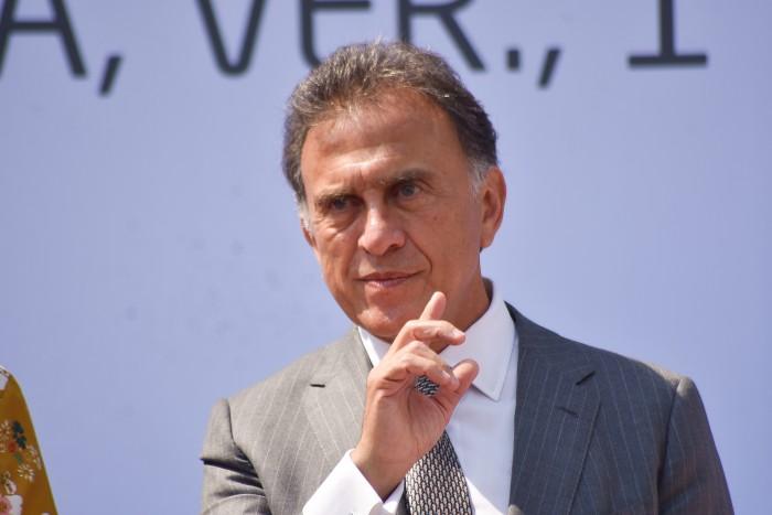 Yunes minimiza asesinato de Leobardo Vázquez, pide a medios no exagerar