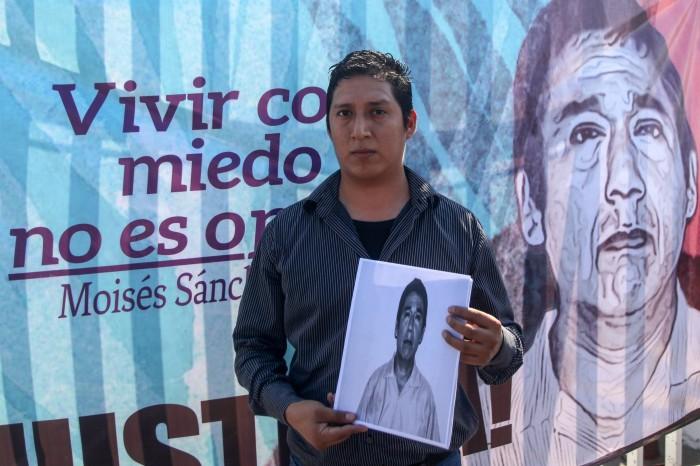 Familia de Moisés Sánchez no confía en la actuación del nuevo fiscal