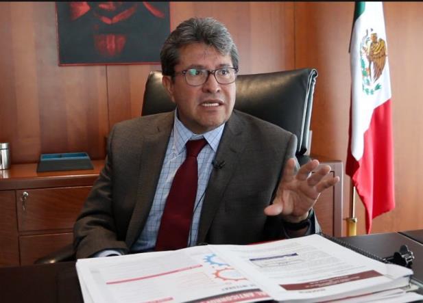 AMLO pedirá renuncia de corruptos o incompetentes: Monreal