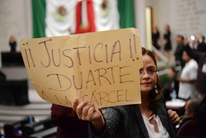Morena protesta y abandona sesión de instalación de LXIV Legislatura