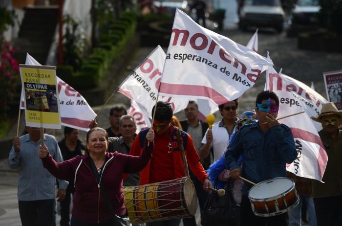 Morena está en pláticas con panistas para postularlos en 2018: Cuitláhuac