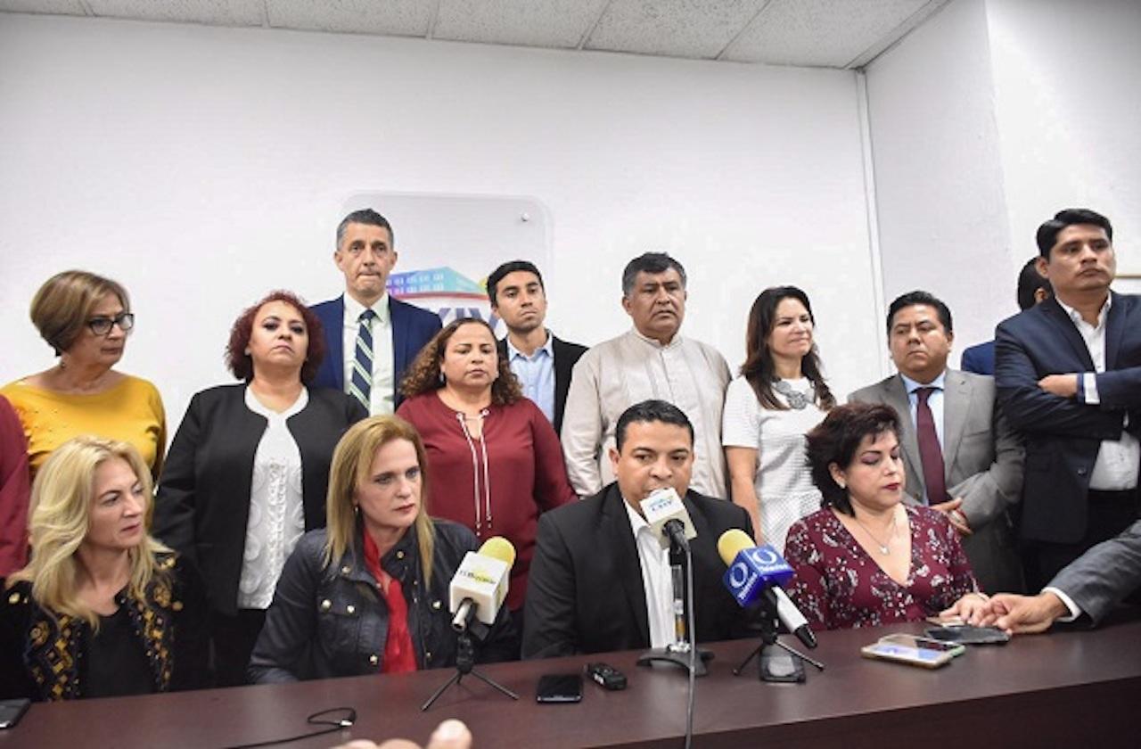 """Morena retira iniciativa contra diputados """"difamadores"""""""