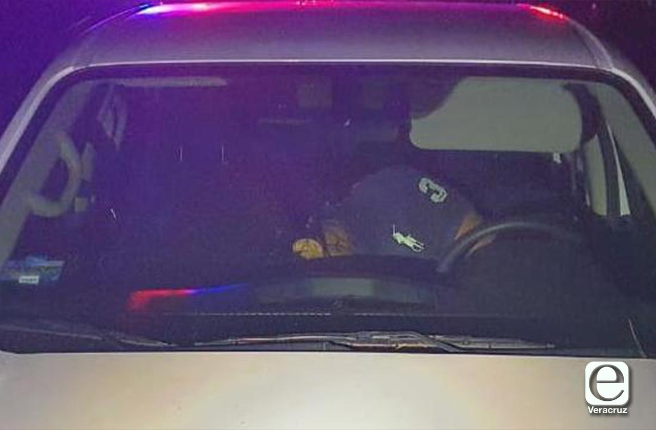 Policías estatales abaten a delincuentes en autopista a Acayucan