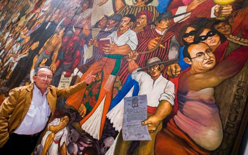 Pintan a Javier Duarte en mural sobre la corrupción en Ciudad de México