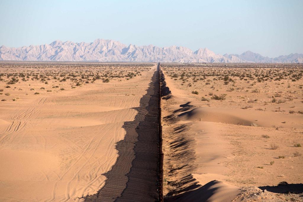 Más de 600 empresas están interesadas en el muro de Trump