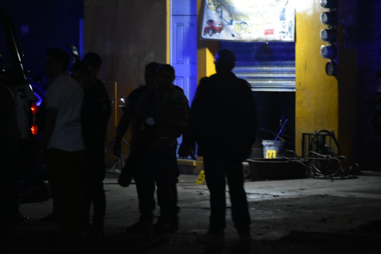 Asesinan a 2 en vulcanizadora de Xalapa; hay detenidos