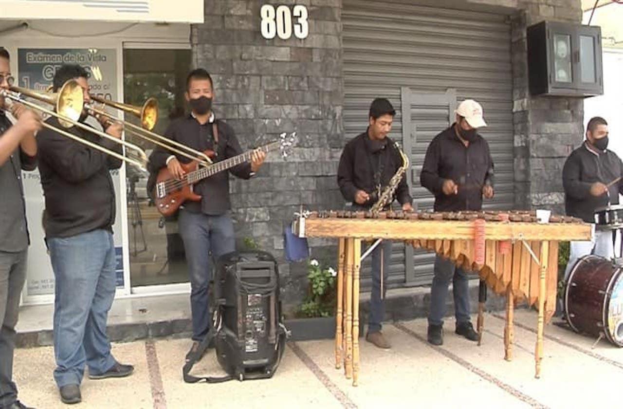 Músicos de Coatza, en crisis tras cancelaciones por covid