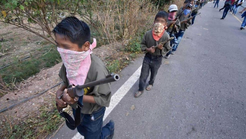 Arman a niños de Chilapa para combatir a grupo criminal
