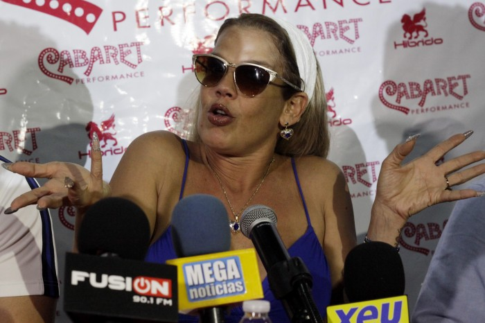 Artistas no deberían involucrarse en la política: Niurka