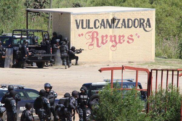 Roban domicilio de periodista que registró agresiones de policías en Nochixtlán