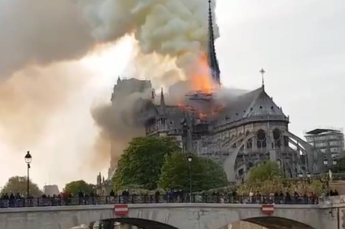 5 videos y todo lo que debes saber sobre el incendio en Notre Dame