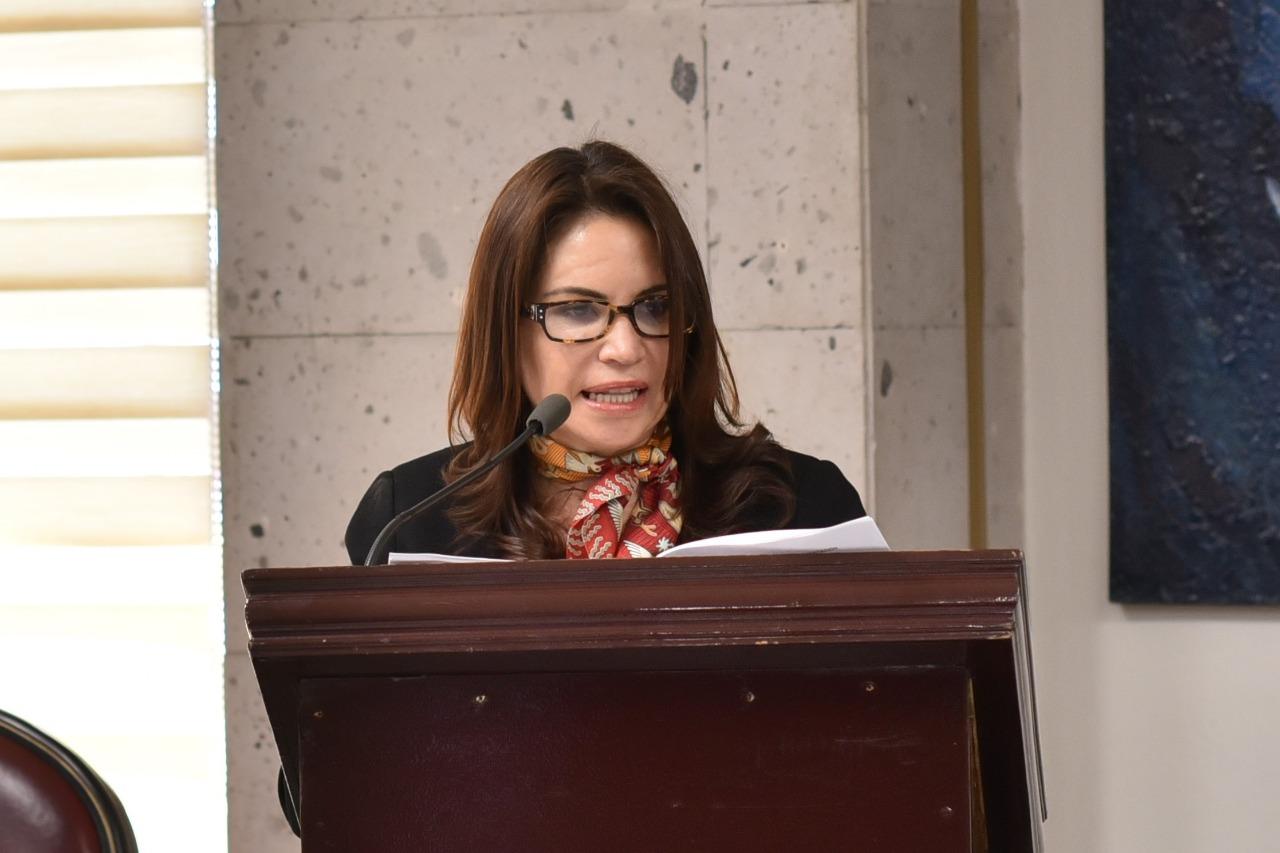 Promueven amparo contra proceso de selección del Centro de Estudios de Género