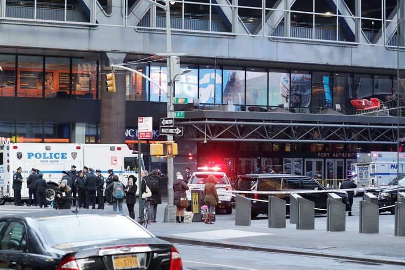 Pánico y alerta tras explosión en centro de NY
