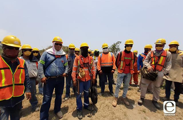 Trabajadores paralizan obras portuarias; denuncian brote de covid-19