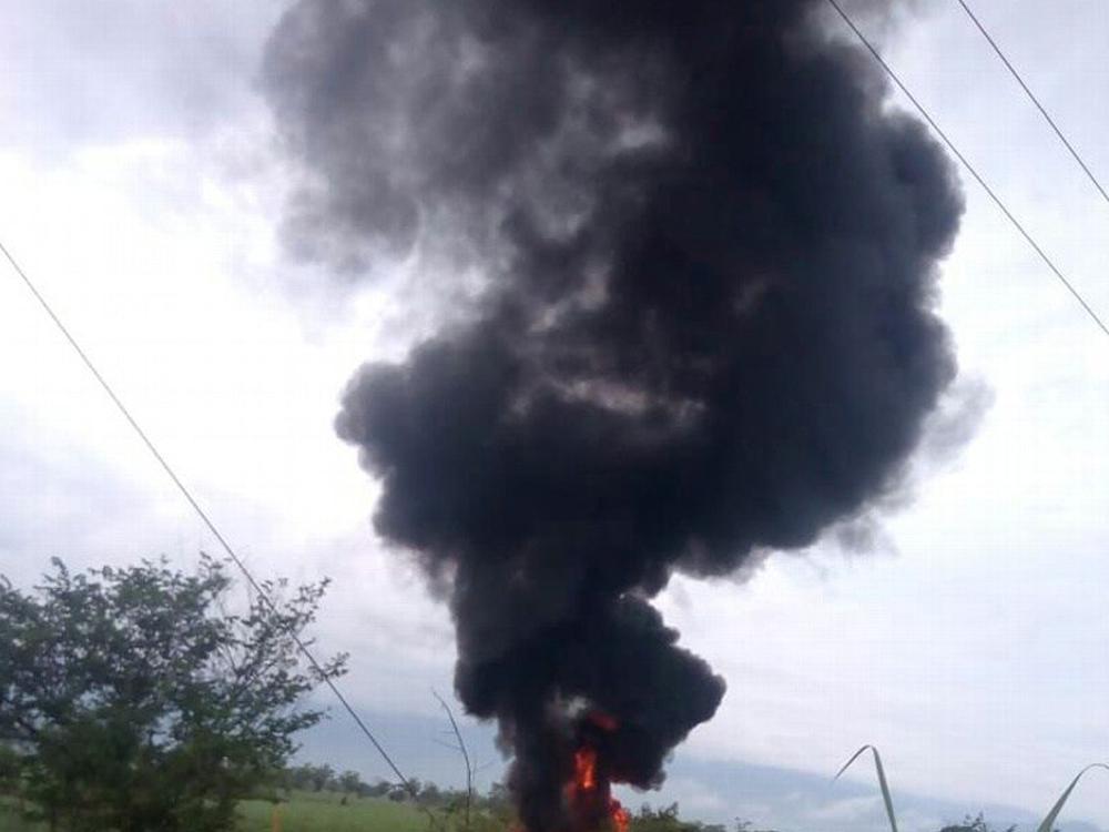 Incendio en ducto de Omealca por toma clandestina