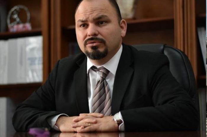 ¿Quién es Ome Tochtli Méndez, nuevo Rector de la UPAV?