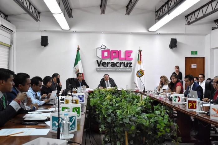 Hugo Enrique Castro se perfila a la Secretaría Ejecutiva OPLE
