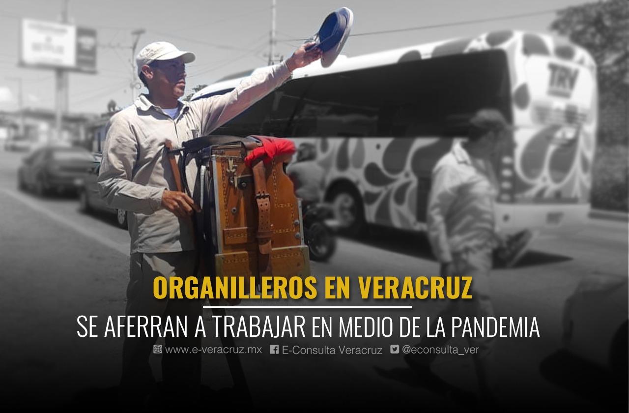 Organilleros tocan en semáforos para sobrevivir a pandemia