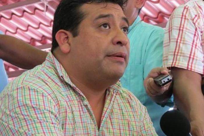 Por contingencia, Alcalde pide donaciones en Catemaco