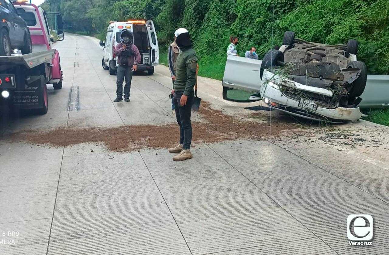 ¡Otro más! Suman 5 accidentes en carretera Coatepec este miércoles