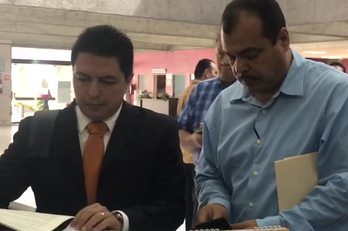 Abogado de Luis Ángel Bravo presenta demanda de juicio político contra Fiscal