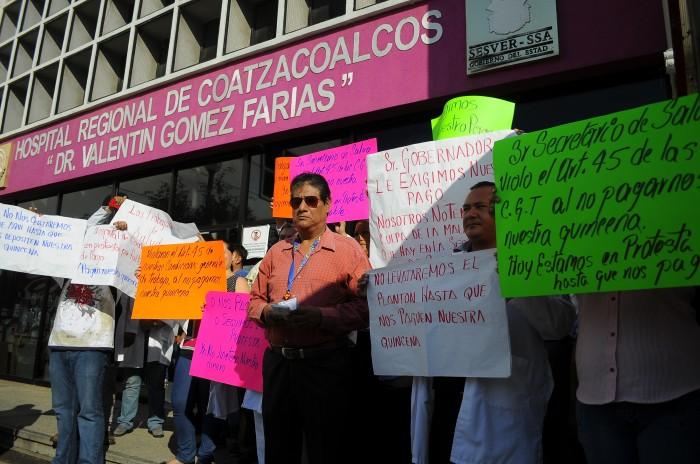 Paro de brazos caídos en hospitales de Veracruz por falta de pago