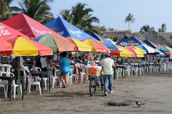 Alertan palaperos a turistas sobre revendedores