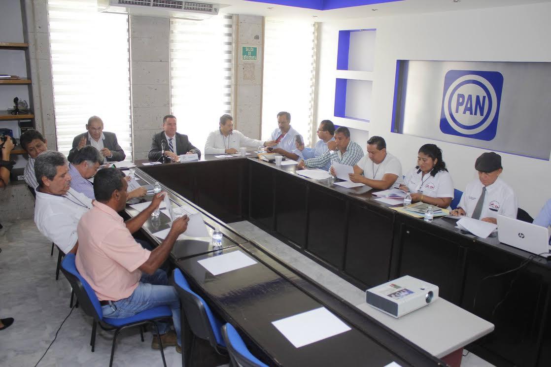 Urgente que PEMEX frene derrames de crudo en zonas pesqueras de Veracruz: Arturo Esquitín