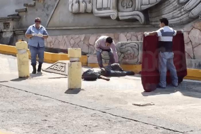 Muere persona al caer de mural en Papantla